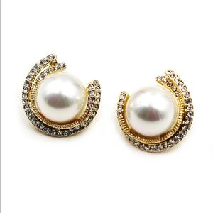 Fashion round pearl gold crystal earrings